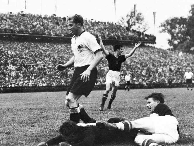 Puskás - Neuznaný gól z finále MS 1954. (SITA)