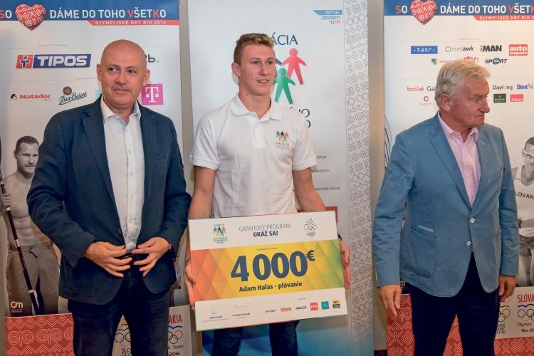 Adam Halas v spoločnosti prezidenta SOV Antona Siekela (vľavo)